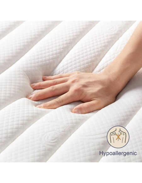 Comfortable mattress with knitted stretch cover